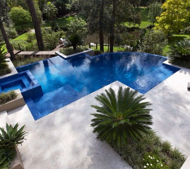 The Perfect Combination Of Modern Geometric Pool Design