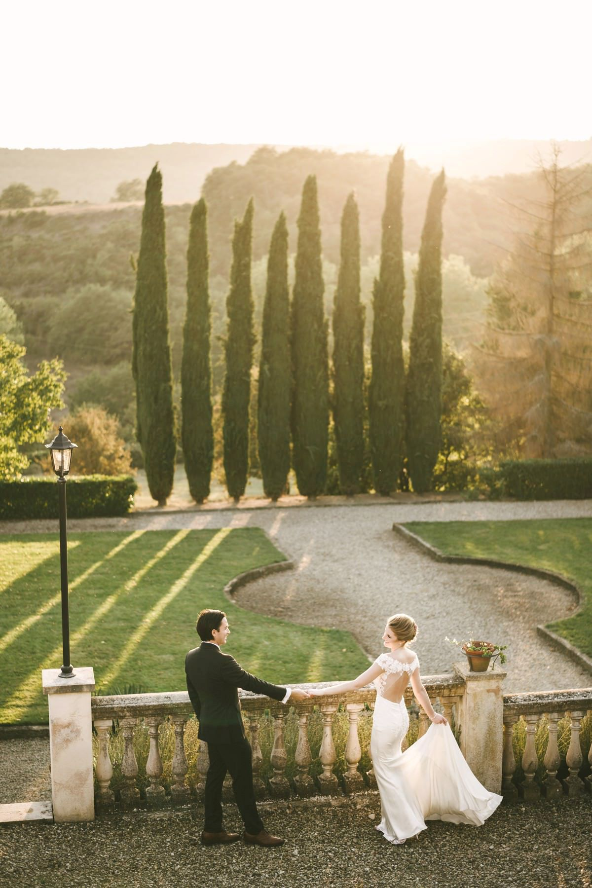 Dreamy Elopement Wedding In Tuscany Villa La Selva Resort In 2020 Tuscany Wedding Elope Wedding Kelly Faetanini Wedding Dresses