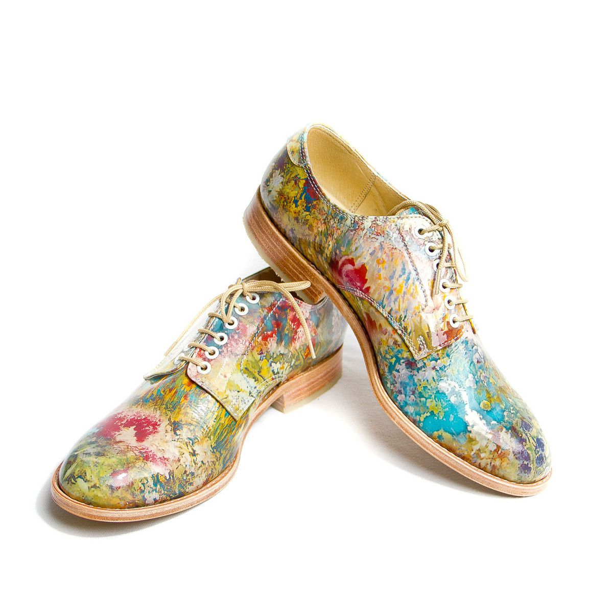 How to flowered wear shoes