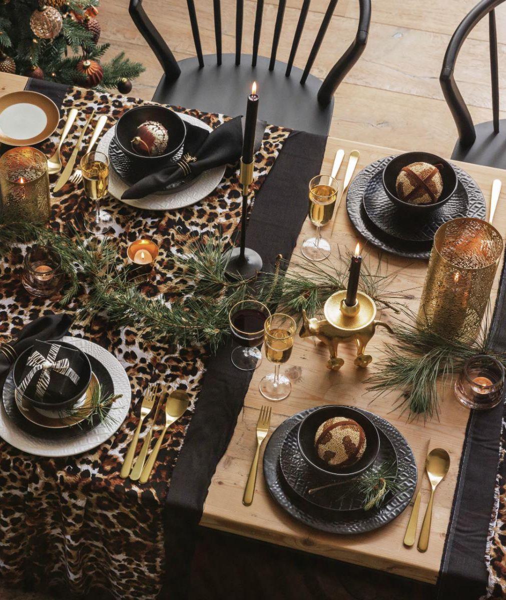 christmas table christmas dining table