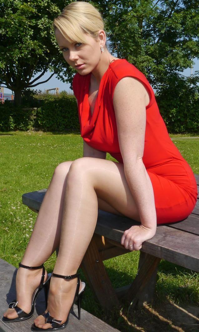 Scharfe Nylons - sexy Frauen in Strumpfhosen Bilder