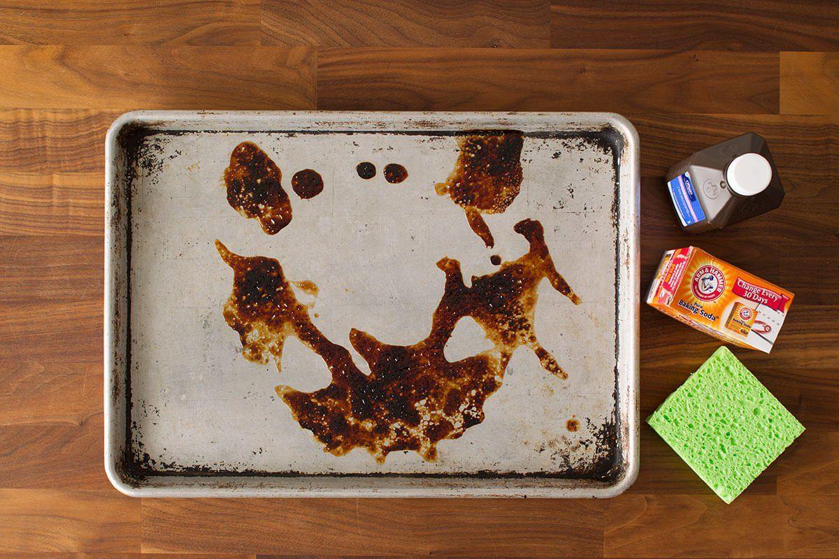 Baking Pan Cleaning Hack