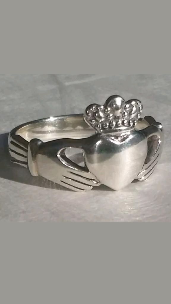 Claddagh Ring Irish Symbol Of Love Friendship Loyalty 925 Solid