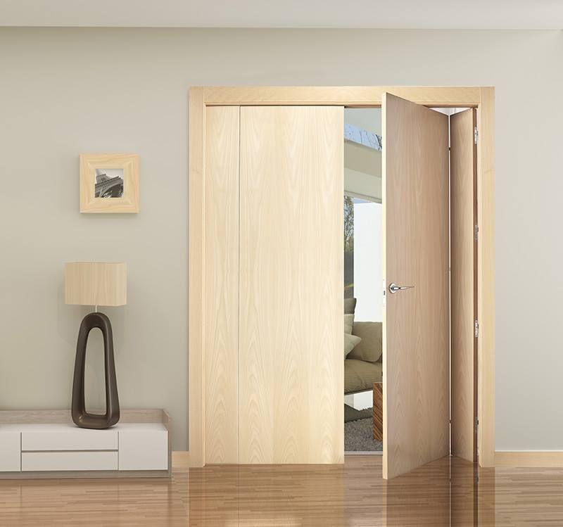 Puerta plegable en madera de maple de la casa for Puertas plegables de interior