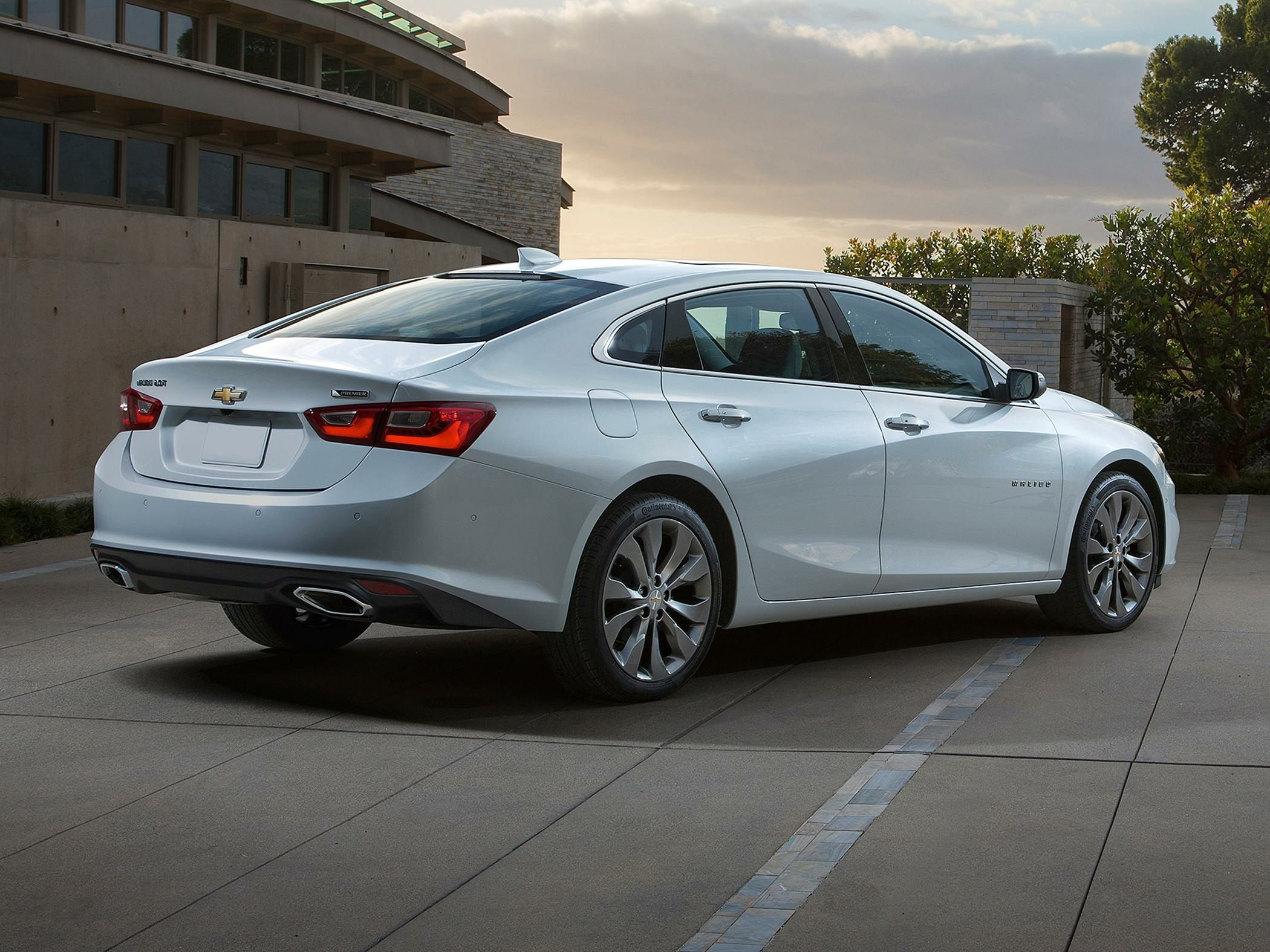 New 2018 Chevrolet Malibu Hybrid Price Photos Reviews Safety In