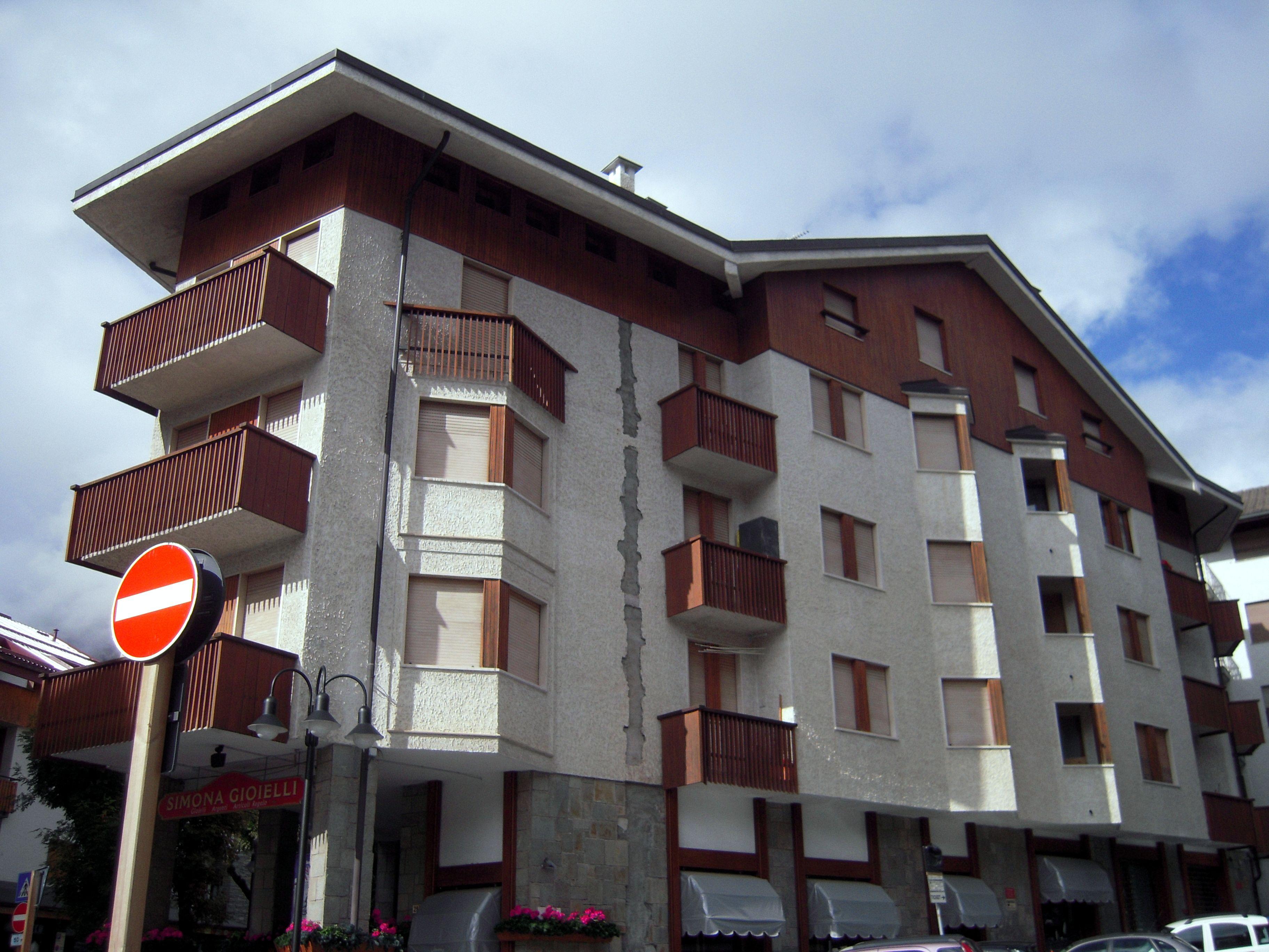 # Bardonecchia Via #Medail #secondo #piano #bilocale #ristrutturato
