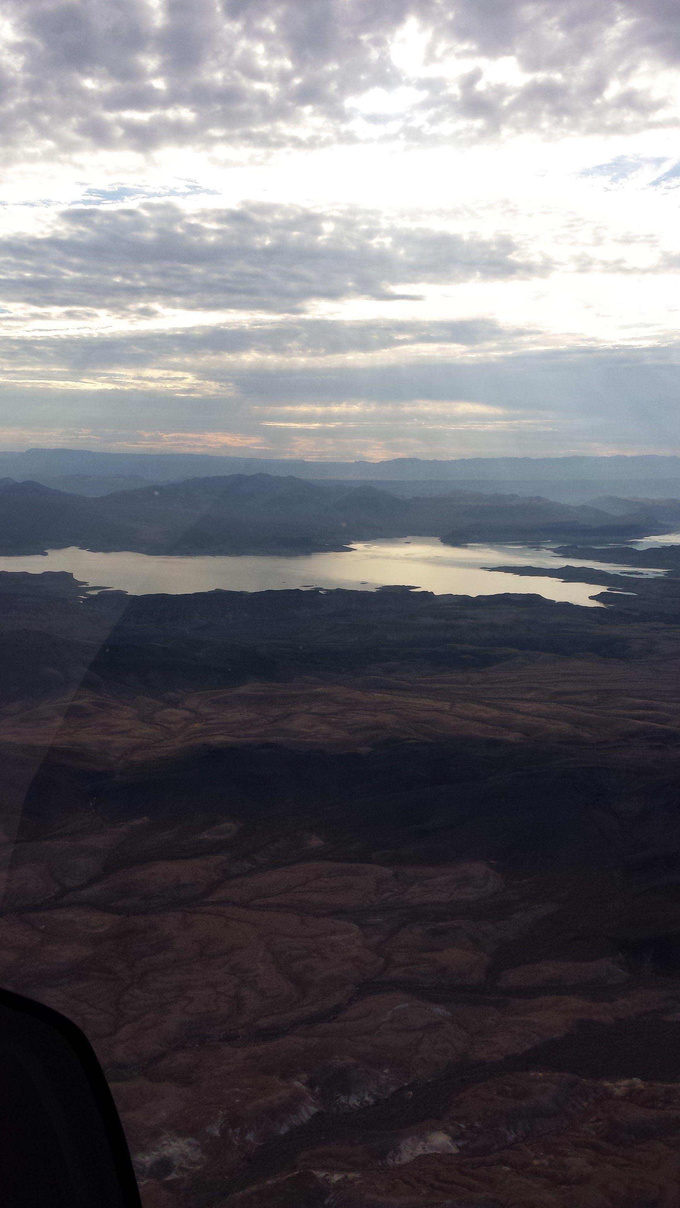 Lake mead lake mead airplane view las vegas