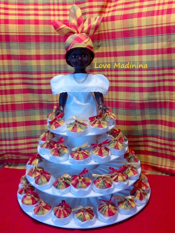 support mariage / baptême antillais : poupée antillaise / créole