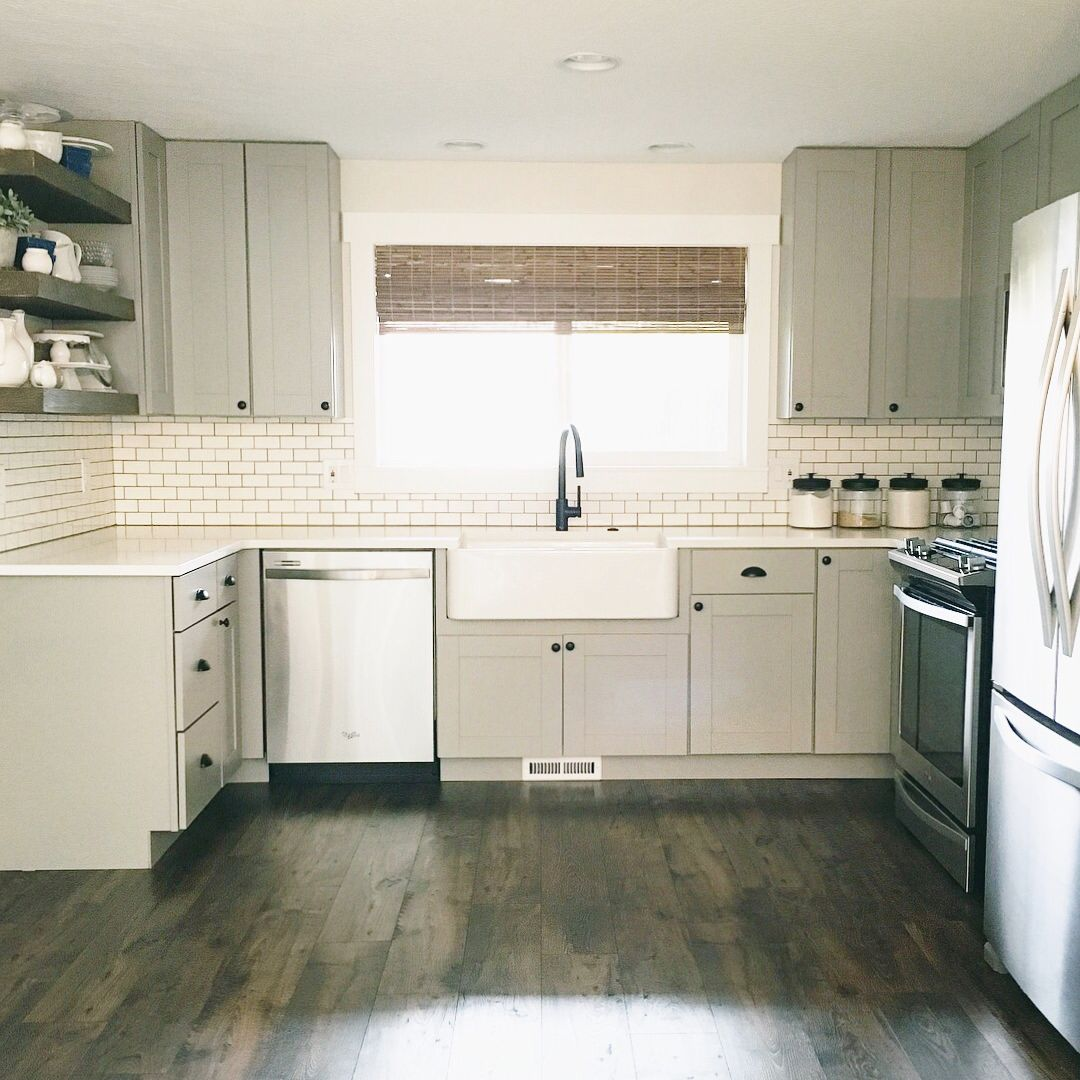 Finally The Crappy Weather Has Left Us Here In Oregon I Know I Share Probably Too Many Photos Of Our Kitchen Diamond Kitchen Cabinets Installing Cabinets Home