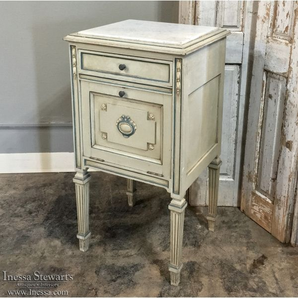 Antique Furniture Antique Bedroom Furniture Nightstands 19th