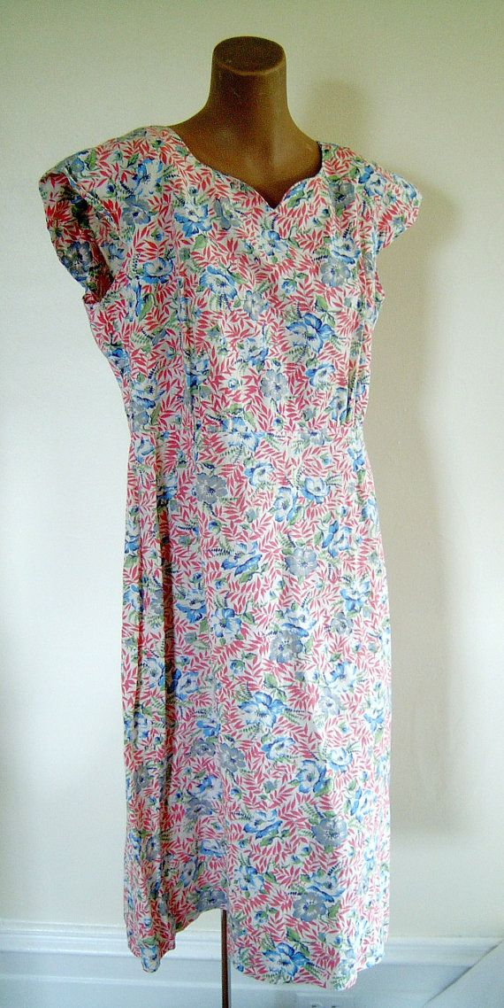 Sweet Floral Vintage 1930s-1940s Feed Sack Dress Sz L