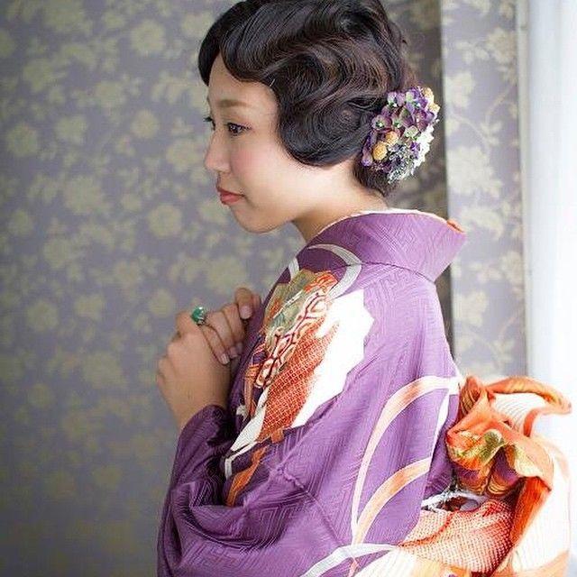 ゲストとして着物などの和服で参加すると「会場が華やかになる」と喜ばれることが多いですね。和装コーディネートにはどの髪型、髪飾りを使うべきなのかチェックしてみ