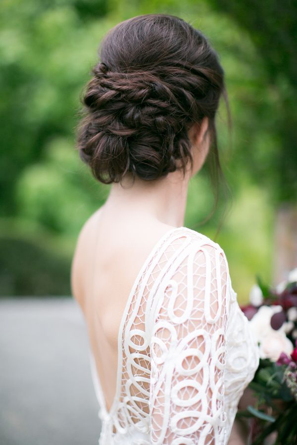 Luxe Meets Edgy Wedding Inspiration From New Zealand Wedding Hairstyles Best Wedding Hairstyles Wedding Hairstyles Updo