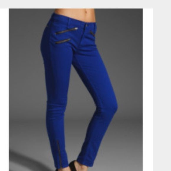Rag & Bone skinny jeans with zipper $35 price firm Rag & Bone skinny jeans with zipper size 25 price is firm no negotiations just lowered the price rag & bone Jeans Skinny