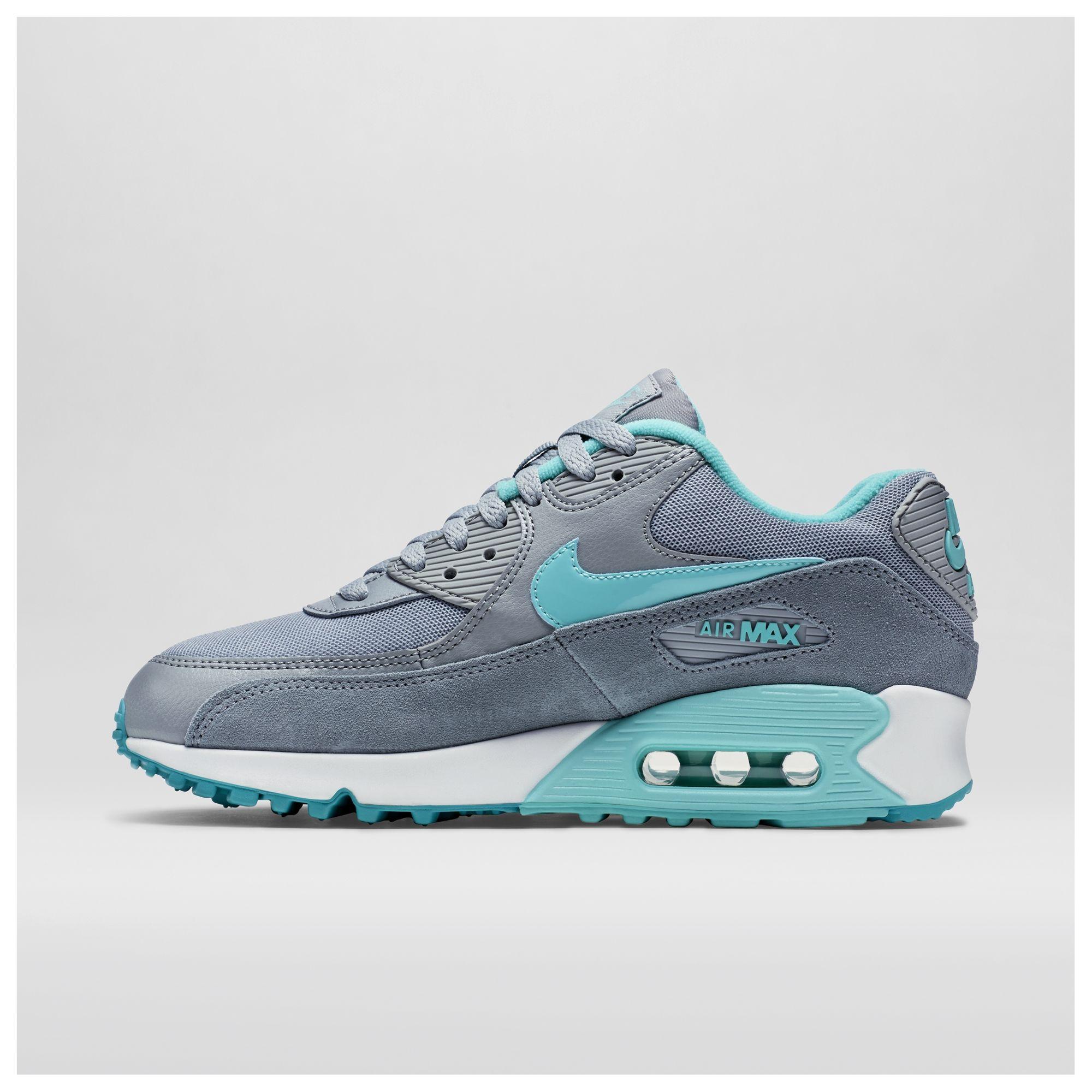 7a5d8f7478a Tênis Nike Air Max 90 Essential Feminino