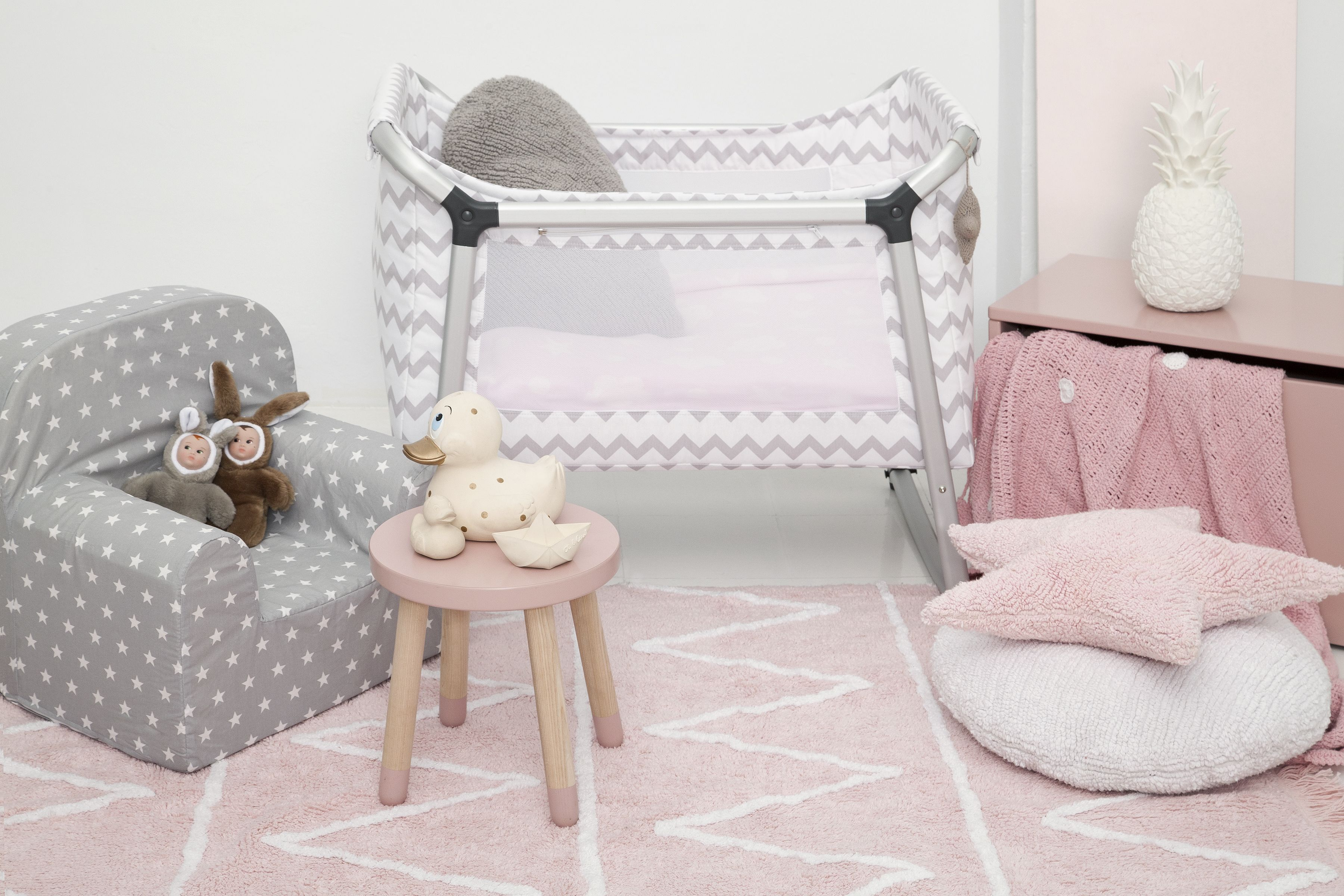 Baby room decor│Eco-friendly│Home Deco│#washablerugs│#lorenacanals│#kids│#nursery. Find more at: http://lorenacanals.com/