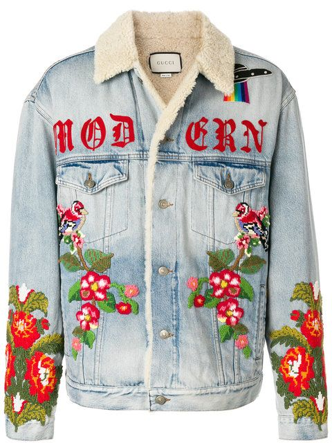 7d52bd7cf76 Gucci Shearling Lined Denim Jacket With Embroidery - Farfetch
