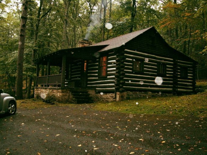The Haunting Of The Lee Family Cabin At Lost River State Park Wv Lost River State Parks Cabin