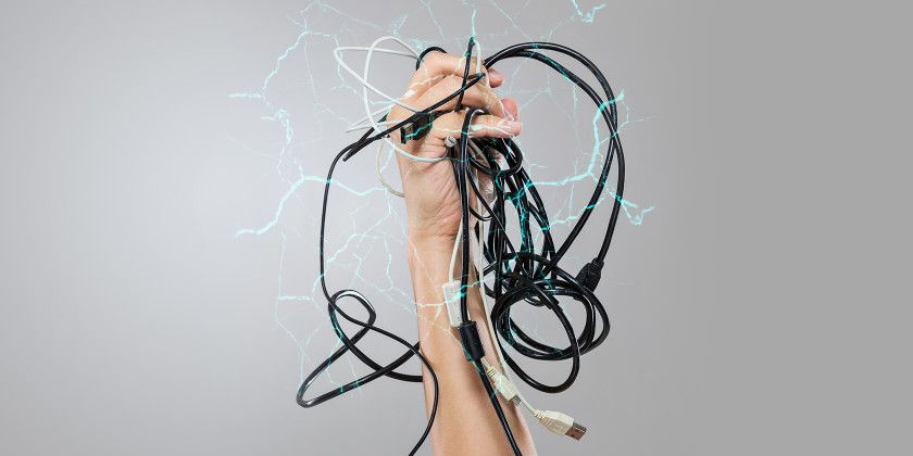 When to Throw Away Your Fraying Cables & Phone Chargers | Cable ...