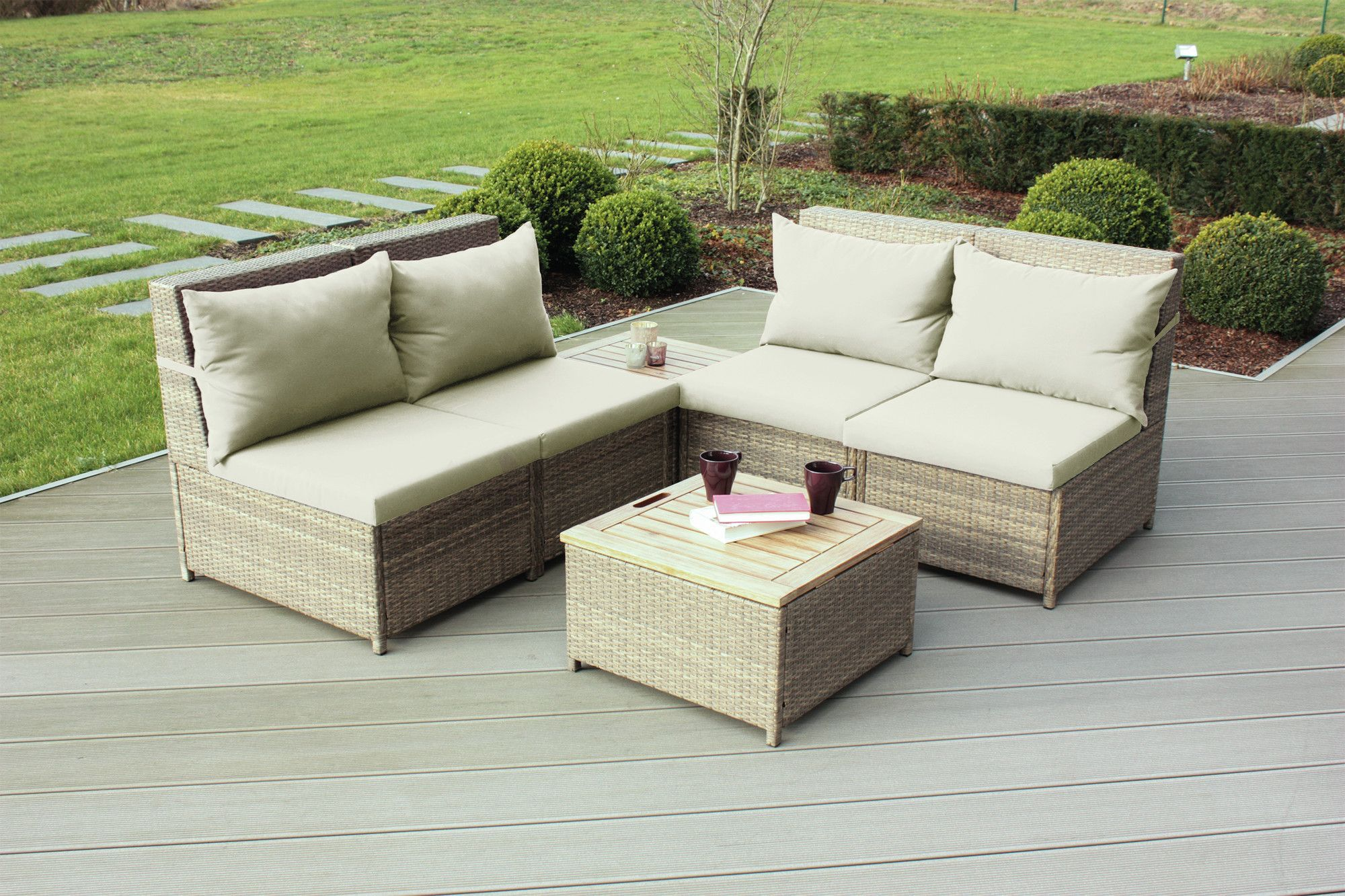 Budapest 6 Piece Sectional Seating Group