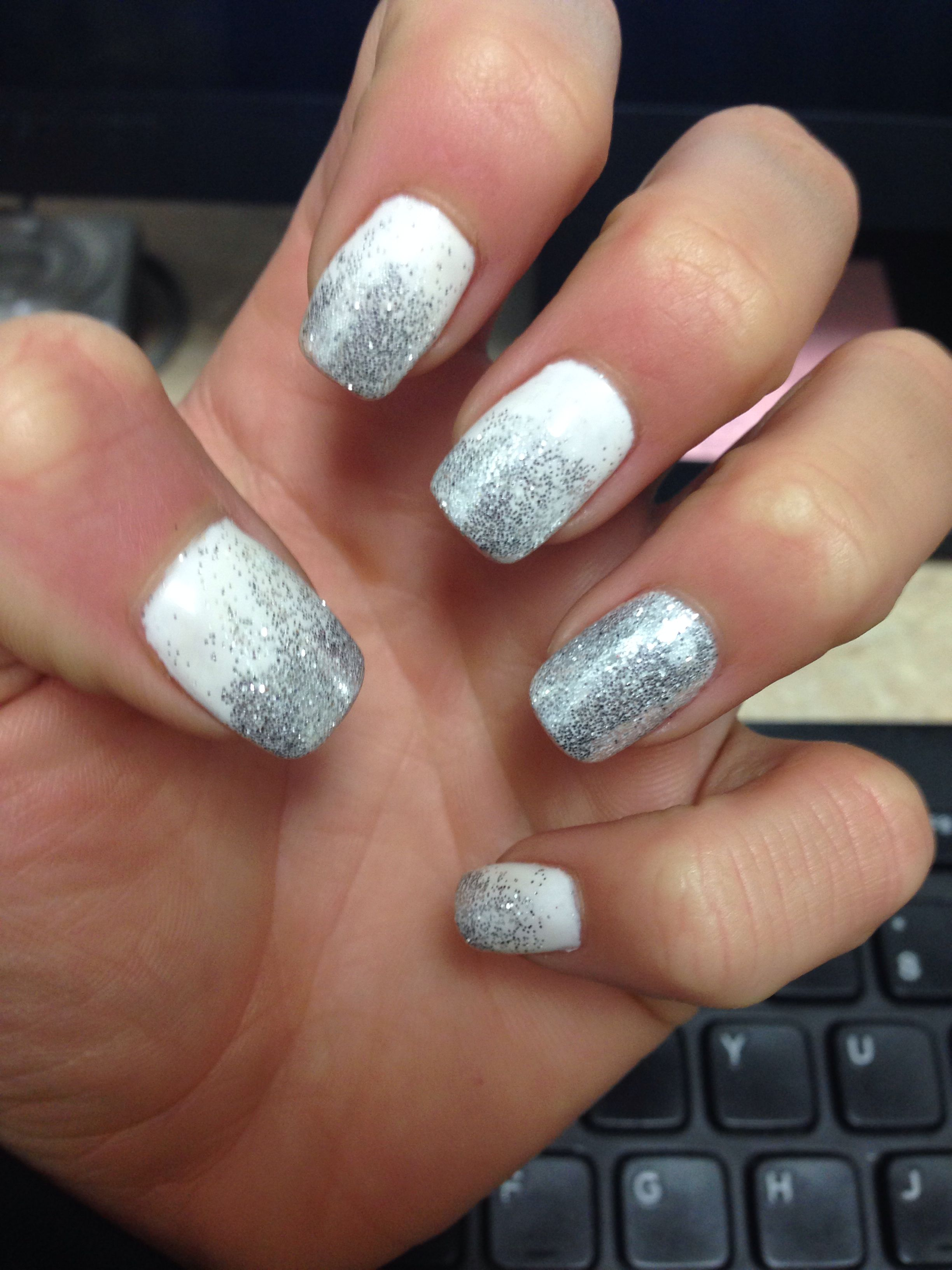 New Years Nails Nye Nails Design Ombre Glitter Perfect