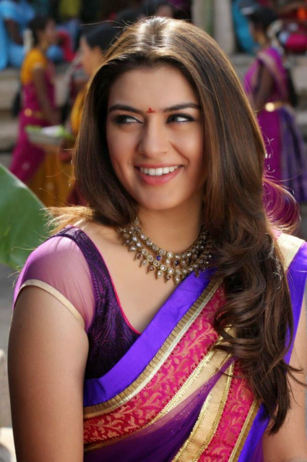 wallpapers downloads: tamil actress hansika motwani photos gallery