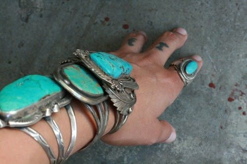 I have a few turquoise pieces but hell I could do with more!