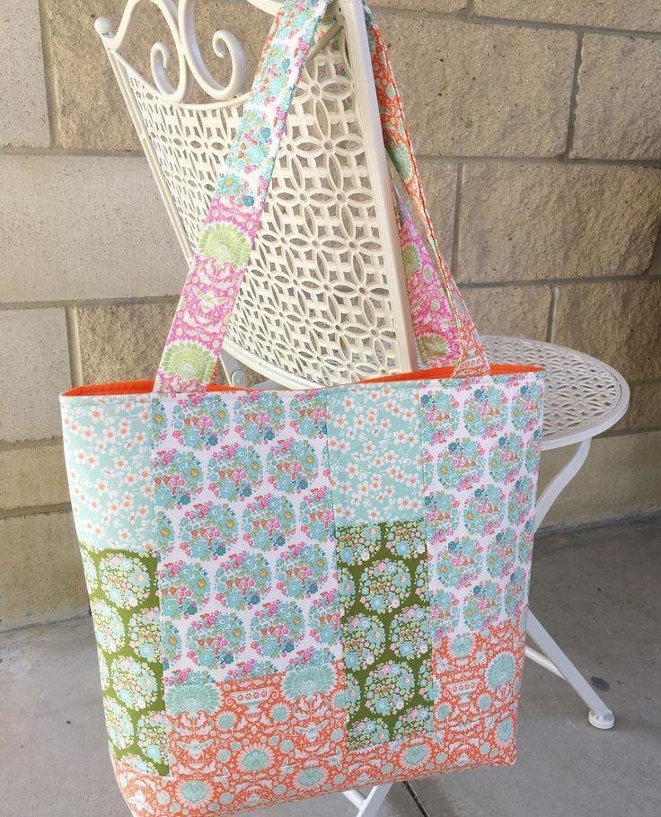 Summer Bag in Tilda Bumblebee fabric - free pattern for Summer Bag ...