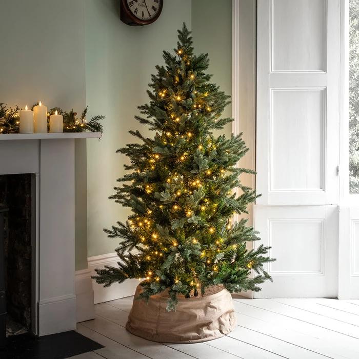 Linen Christmas Tree Skirt: Fabric Tree, Tree Skirts