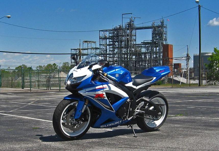 K7 Gsxr 750 Sport Bikes Suzuki Gsxr Super Bikes