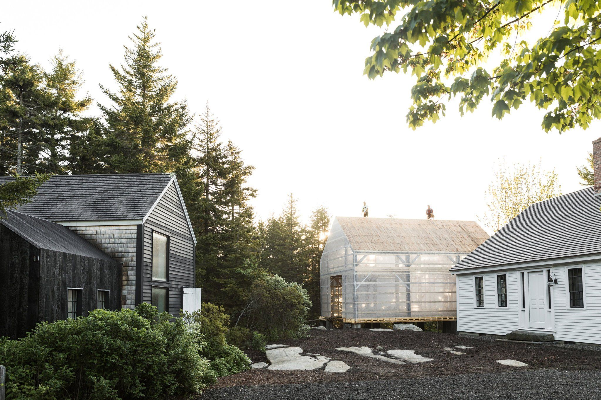 A Family Compound in Coastal Maine, Made From Scratch   Japanese ...