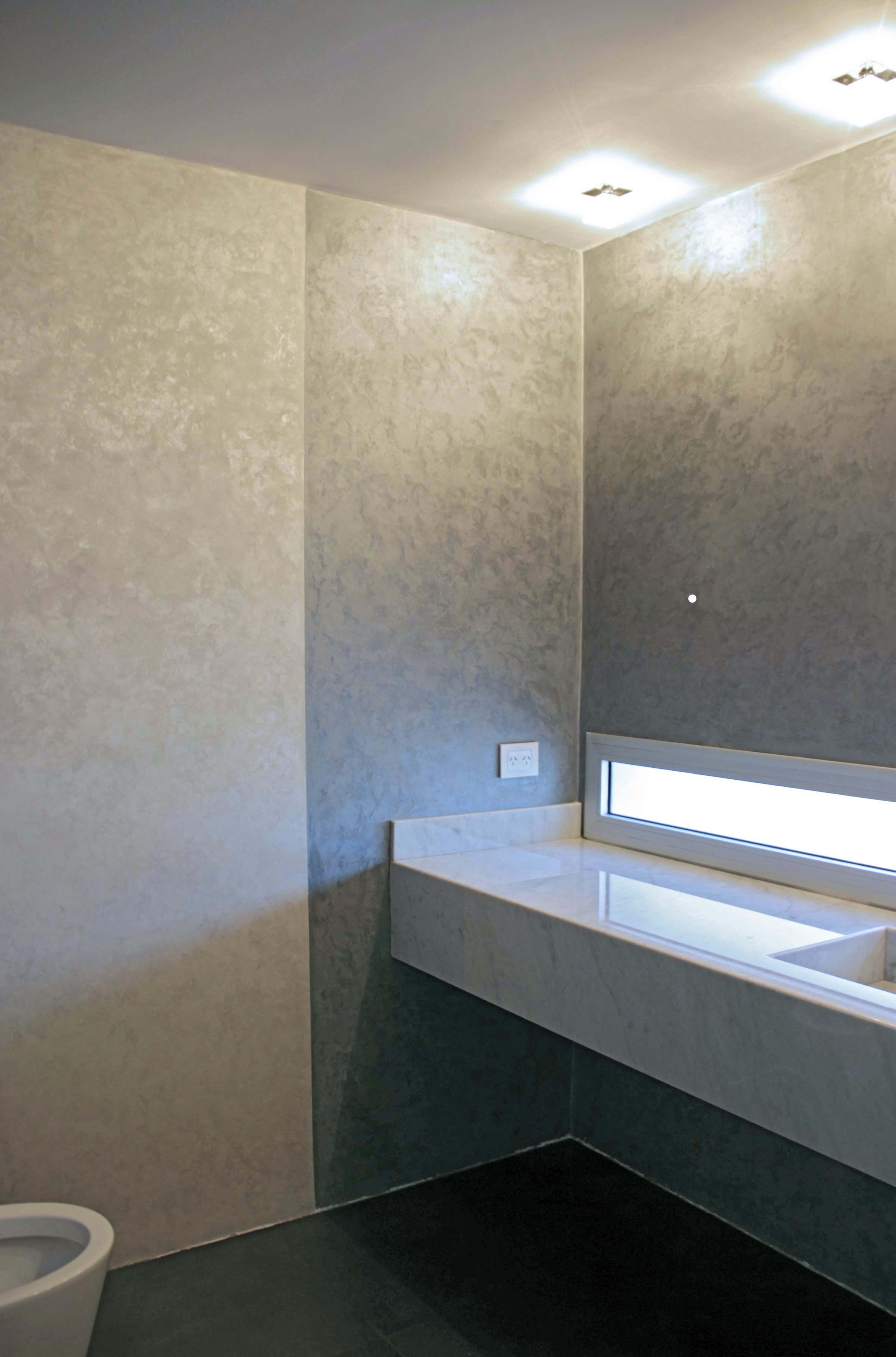 Material de muro cadoro combinaci n de dos colores for Curso de decoracion de interiores zona norte