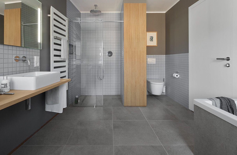privathaus bonn agrob buchtal fliese trias zinkgrau. Black Bedroom Furniture Sets. Home Design Ideas