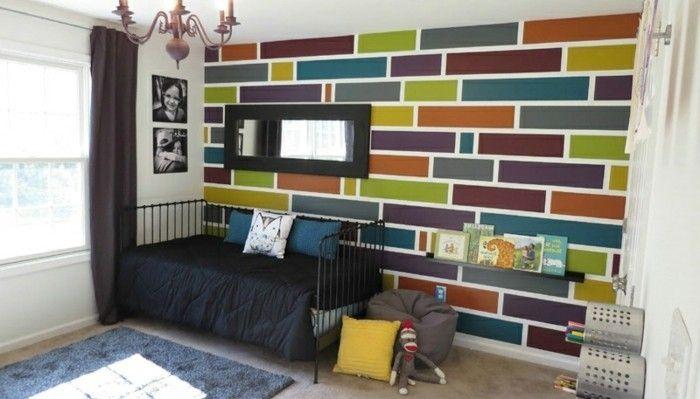 Geometrische Formen Kinderzimmer Wandgestaltung  Plueschteppich Schwarze Schlafdecke Spielzeuge