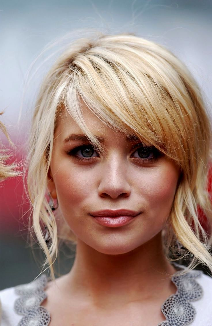 Blonde Hairstyles Side Fringe Haircuts Hair Styles Hair