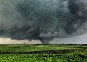 Six dead in Oklahoma after at least 121 tornadoes overnight April 14, 2012 | EarthSky.org