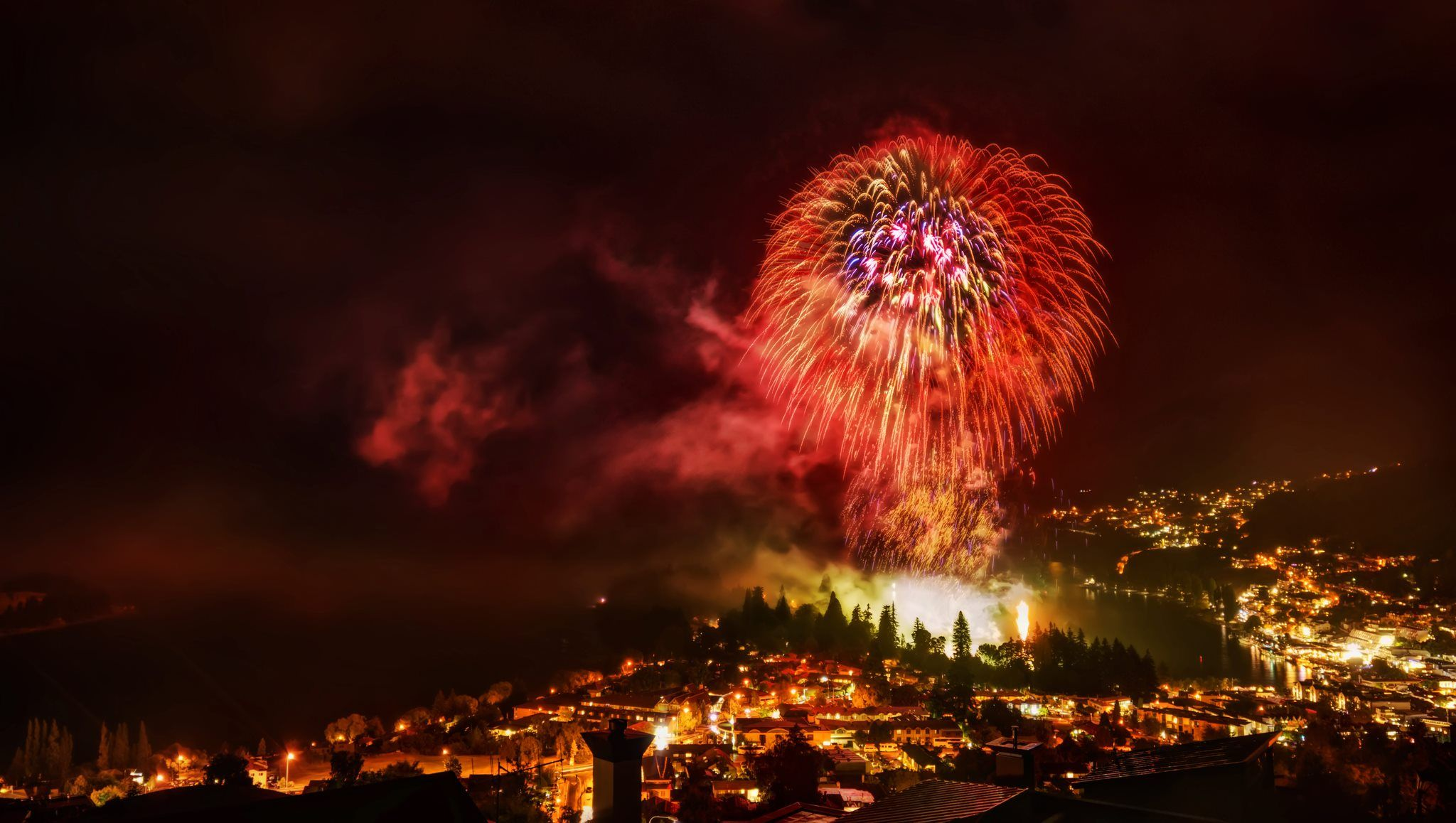 Happy New Year 2013 from New Zealand! Photo, Places to