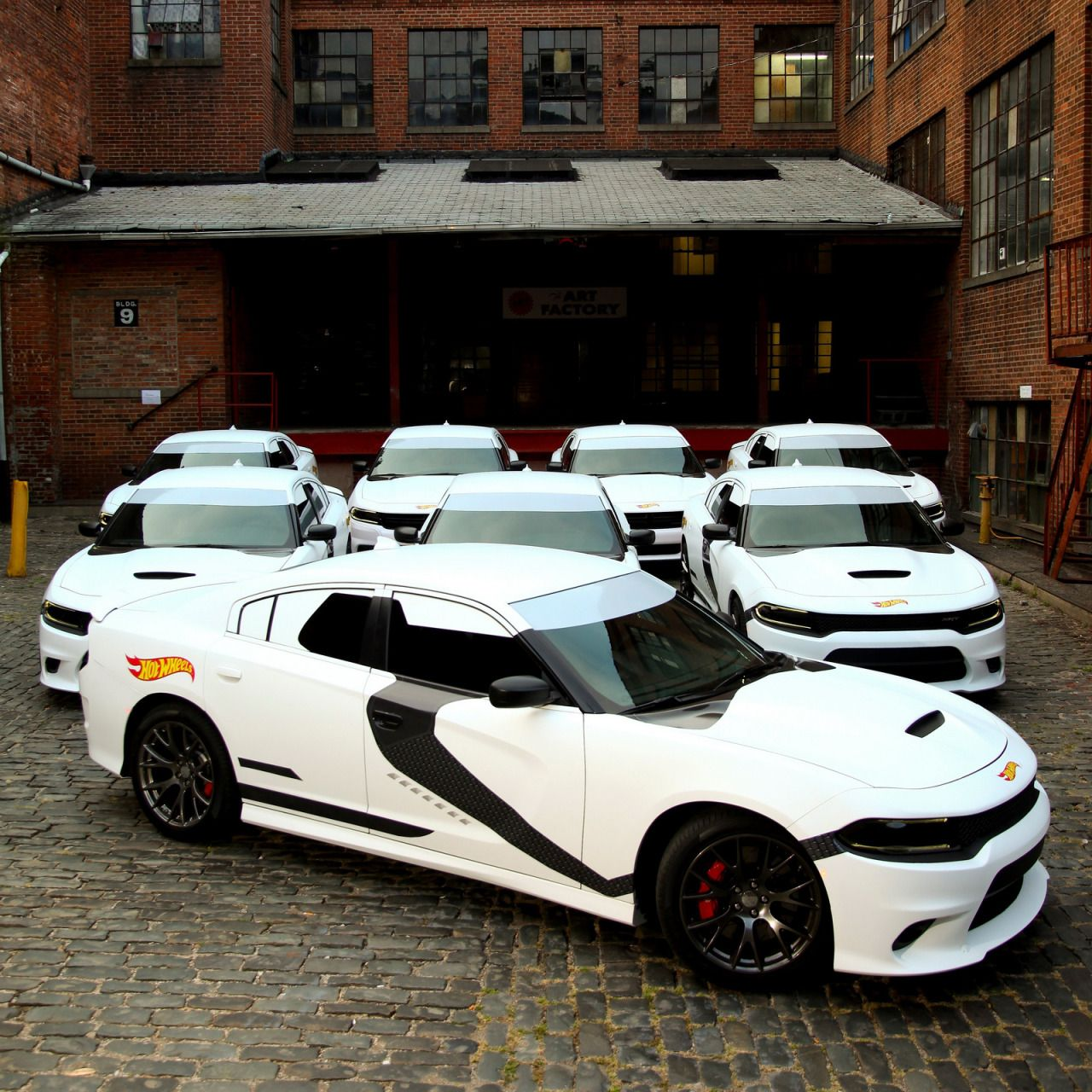 Superieur Stormtrooper Themed Dodge Chargers Gave Free Uber Rides In New York City  #stormtrooper #
