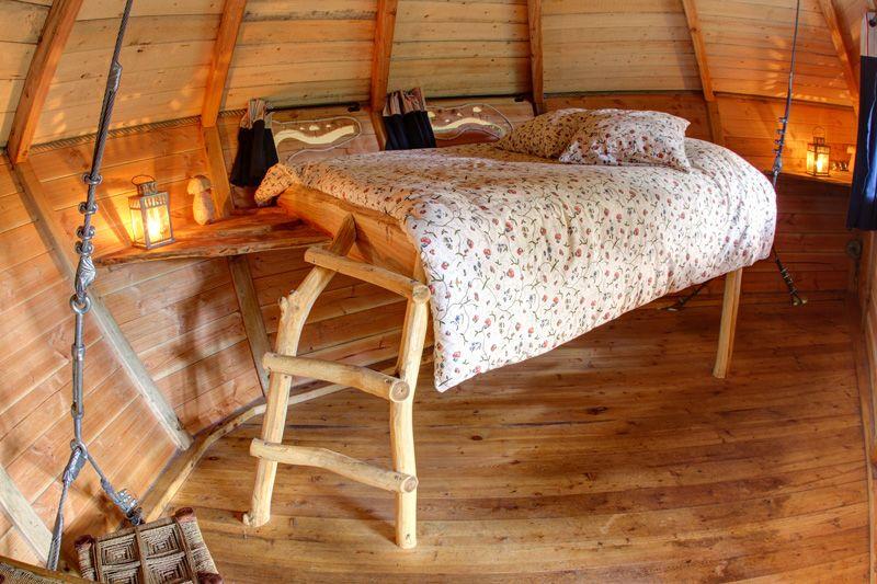 cabane dans les arbres tyrolienne 13 m tres pour 2. Black Bedroom Furniture Sets. Home Design Ideas
