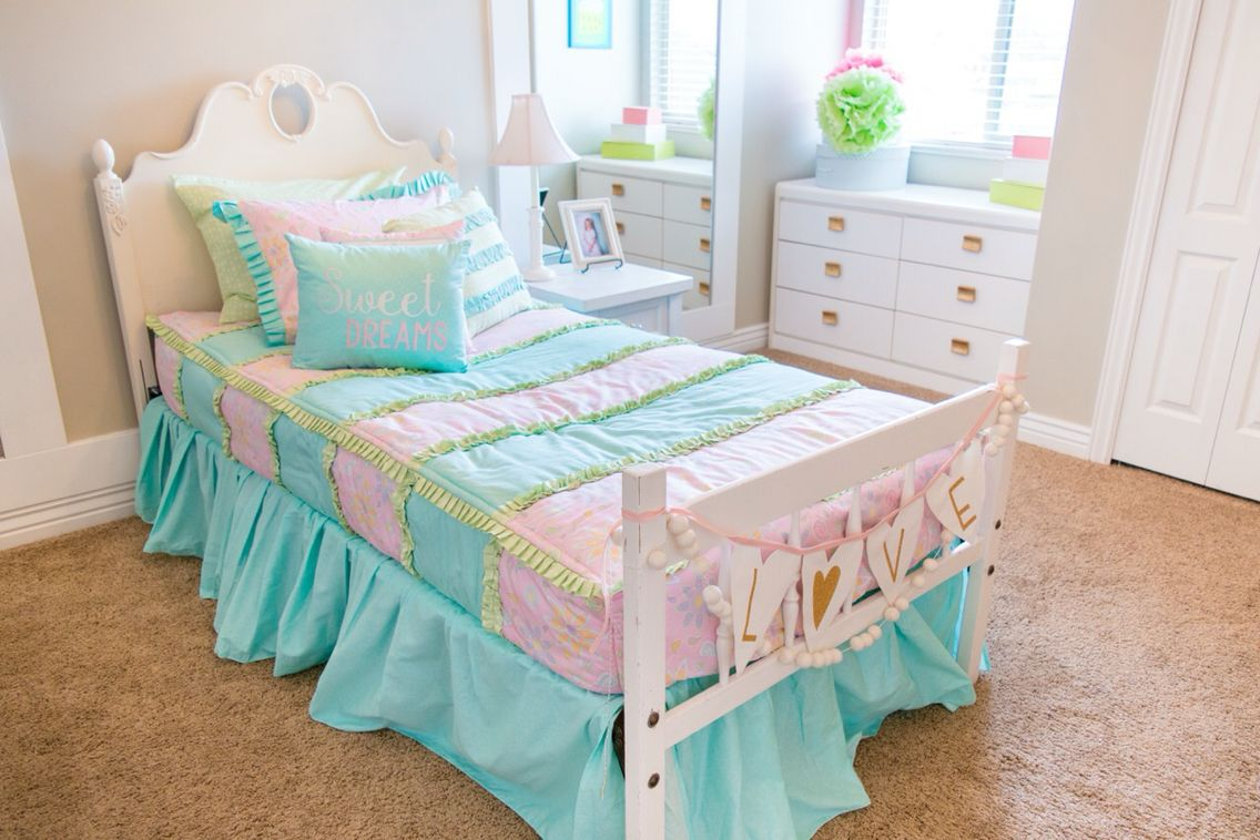Turquoise and pink bedding - Little Girls Pink And Turquoise Bedding Adorable Pastel Colors
