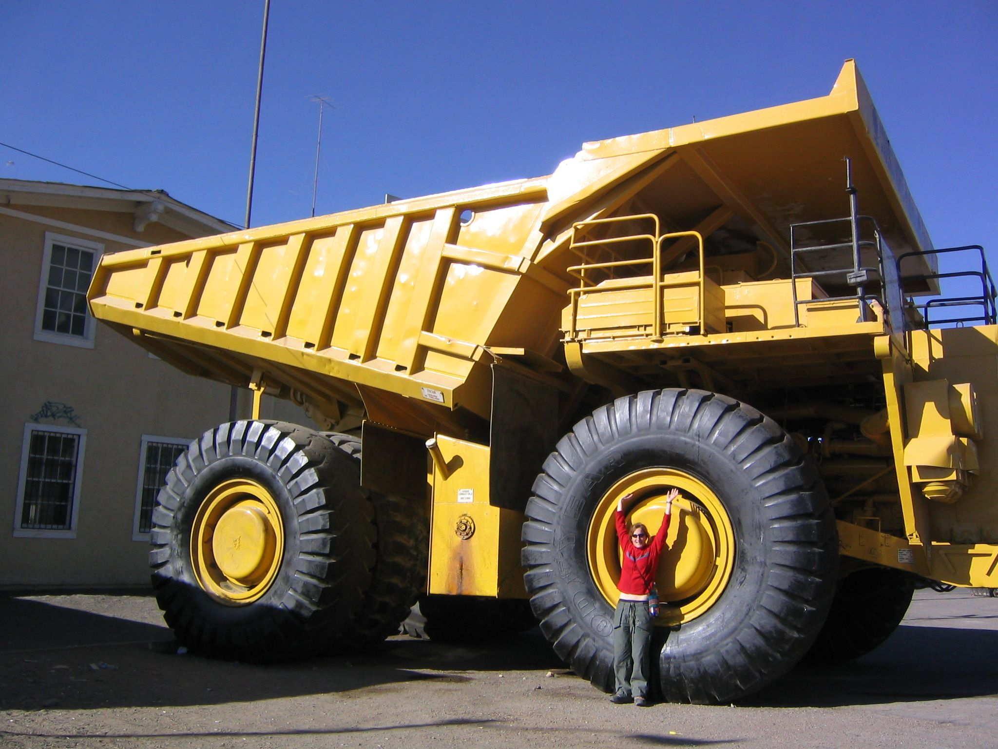 huge dump truck - 1000+ images about onstruction Vehicles on Pinterest oys ...