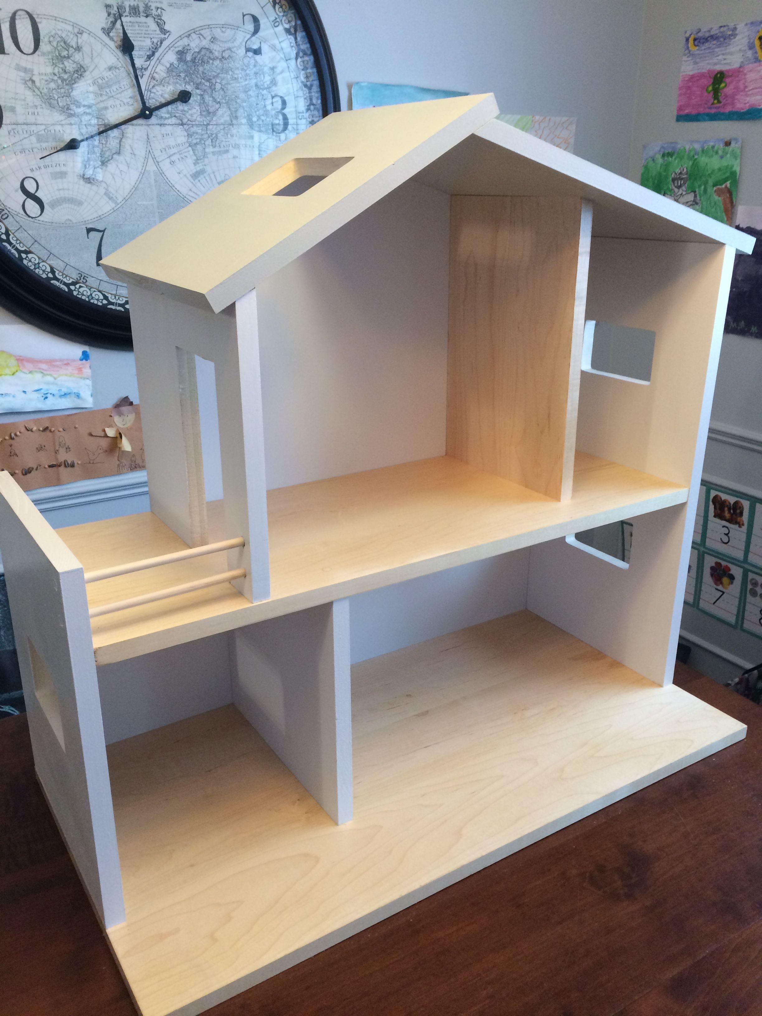 sch n holzspielzeug pferdestall selber bauen tierspielzeug. Black Bedroom Furniture Sets. Home Design Ideas