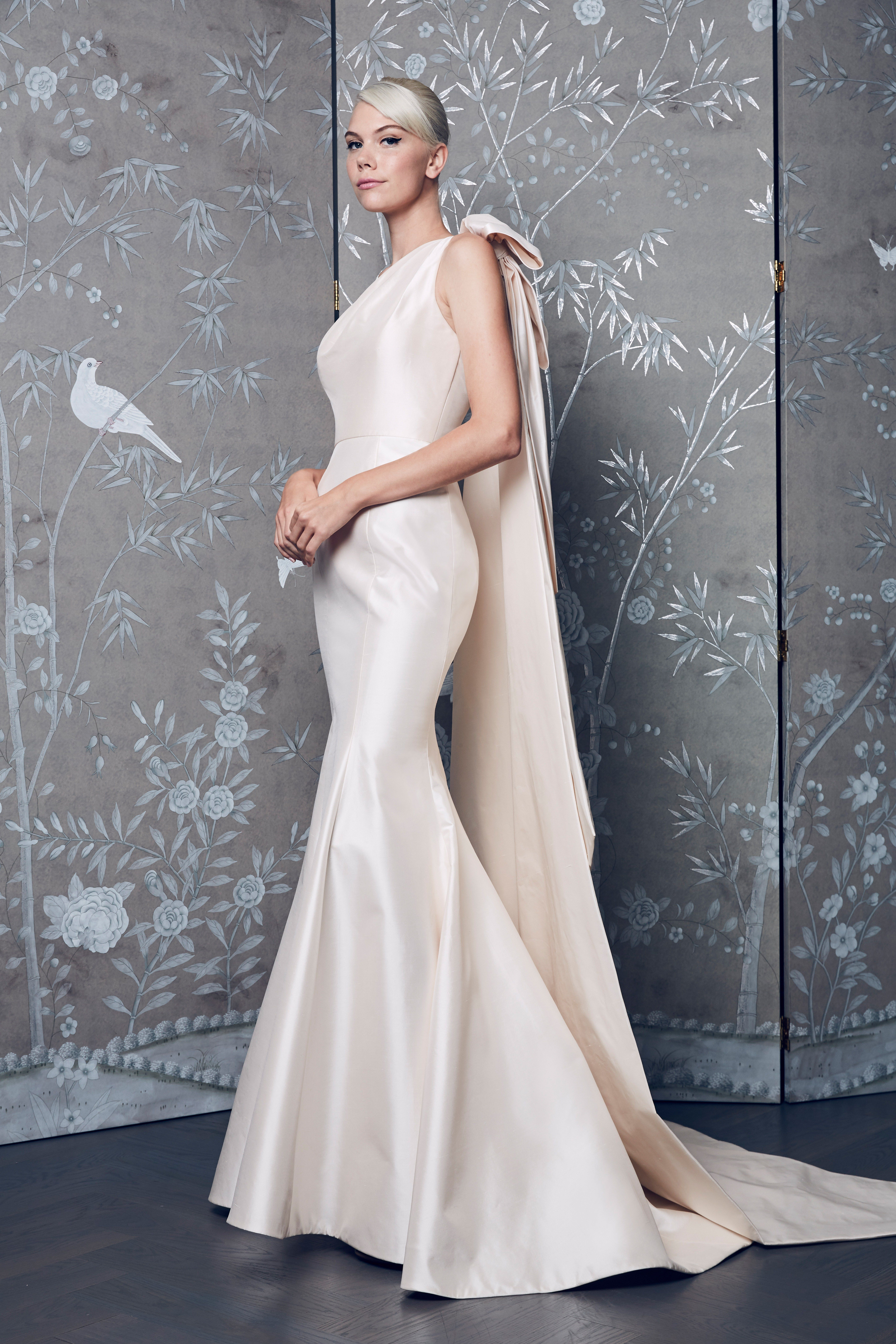 5 Wedding Dress Trends Every 2018 Bride Will Be Wearing | Pinterest ...