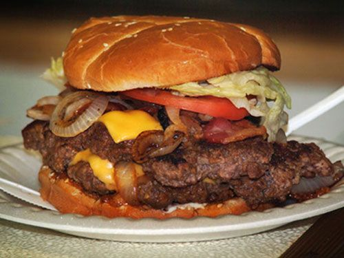 United States Of Burgers The Ghetto Burger At Ann S Has Been Called Best In America By Wall Street Journal That A Bold Claim