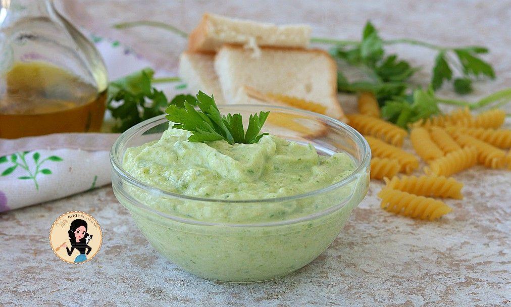 Crema Di Zucchine Per Pasta E Crostini Ricetta Base Salata Salse Ricette Ricette Zucchine