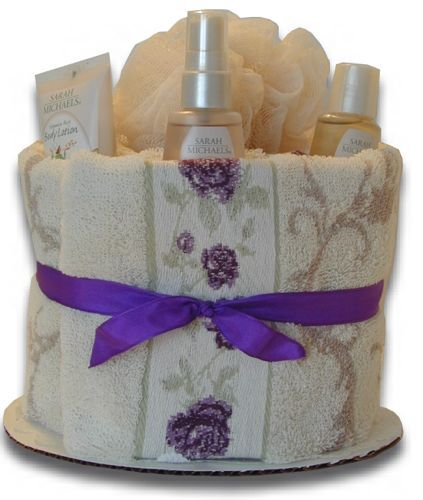 Unique Wedding Gift Basket Ideas: Bridal Shower Towel Cakes