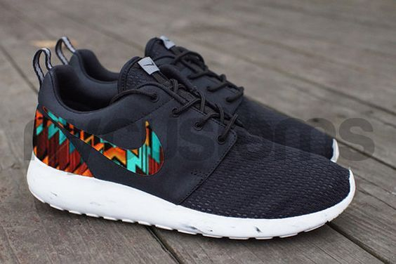 outlet store 72d6c cd052 Nike Roshe Run Black White Marble Aztec Tribal Print Custom Runs Nike, Nike  Free Runs