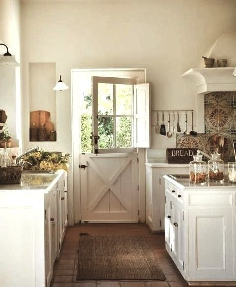 I LOVE the idea of a Dutch door opening up into a kitchen/back porch - küche vintage look