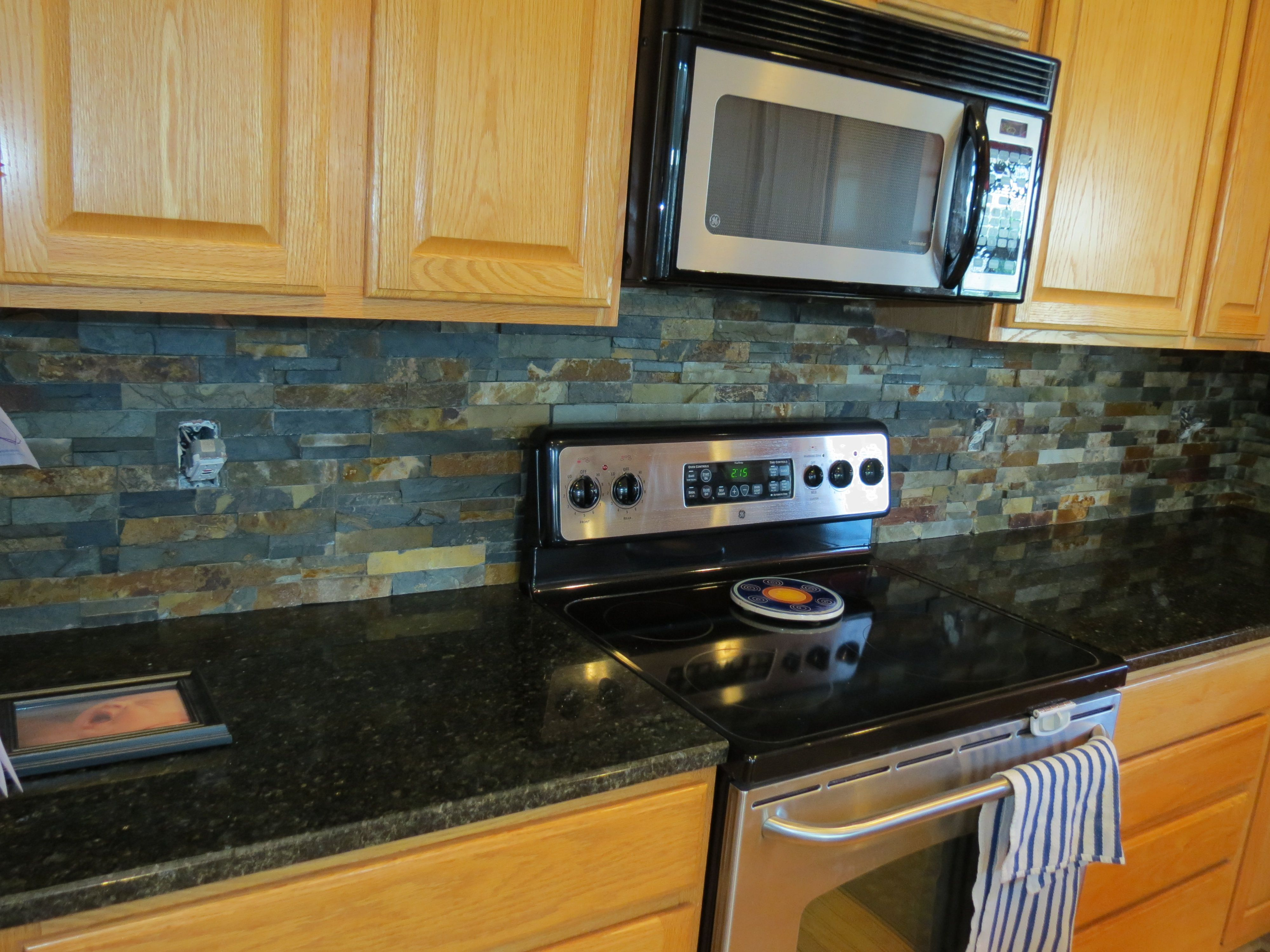 Beautiful Slate Kitchen Backsplashes Pictures With Hand Wipes: Top 10 Slate  Kitchen Backsplash Ideas