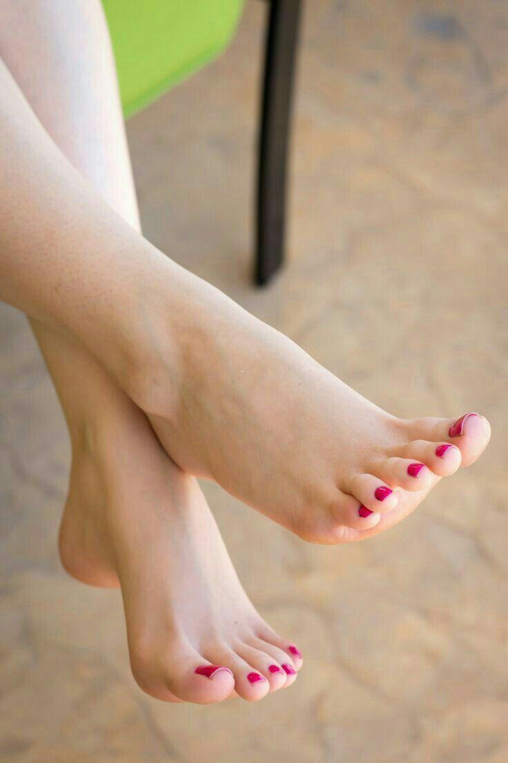 Beautiful woman shows her feet | Feet File